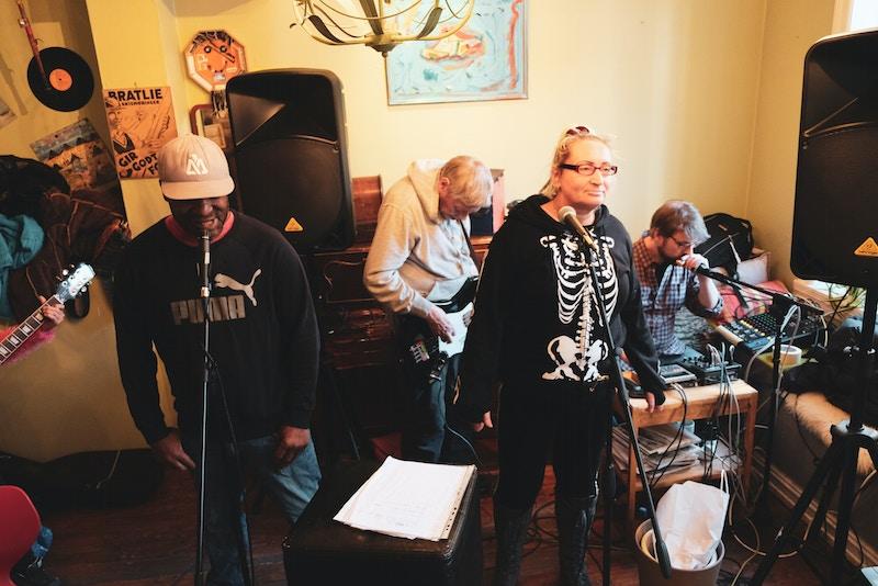 Fra Miff-bandet The Flying Carpet sin konsert på Safir på Tøyen i November 2018