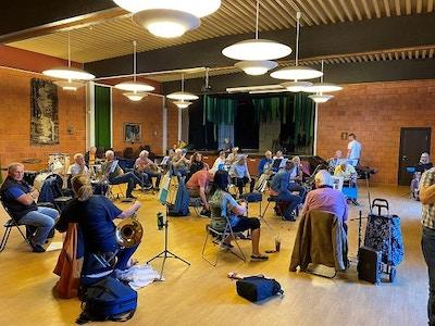 Gruppeovelse med avstand Tonsberg byorkester foto privat