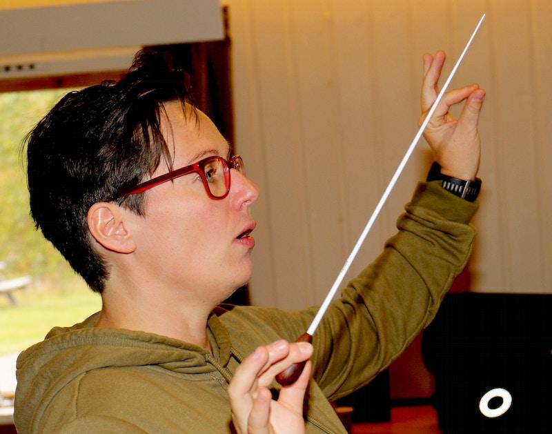 Musikalsk leder Bente Illevold