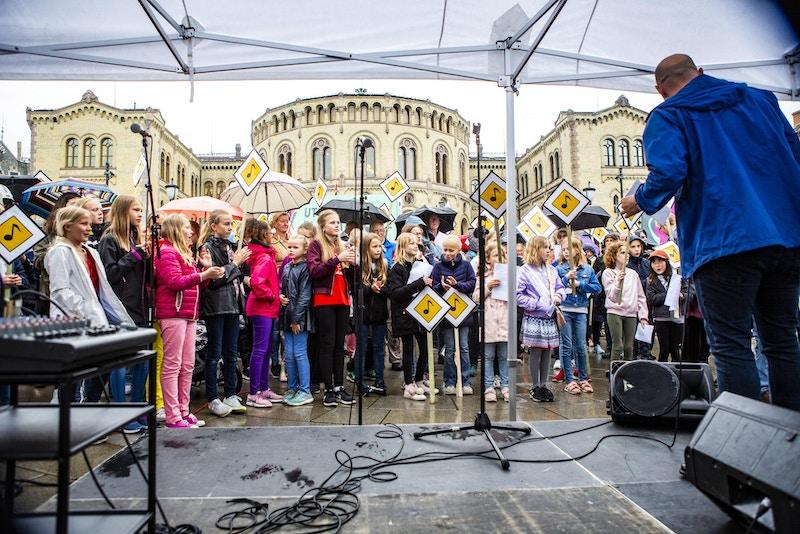 ESL NORSK MUSIKKRAD SANG I SKOLEN FOTO ENDRE LOHNE 120619 0205