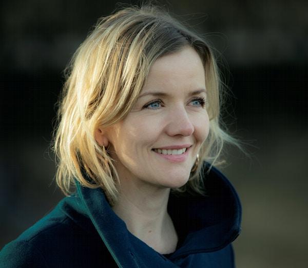 Portrett Benedikte farger 2019